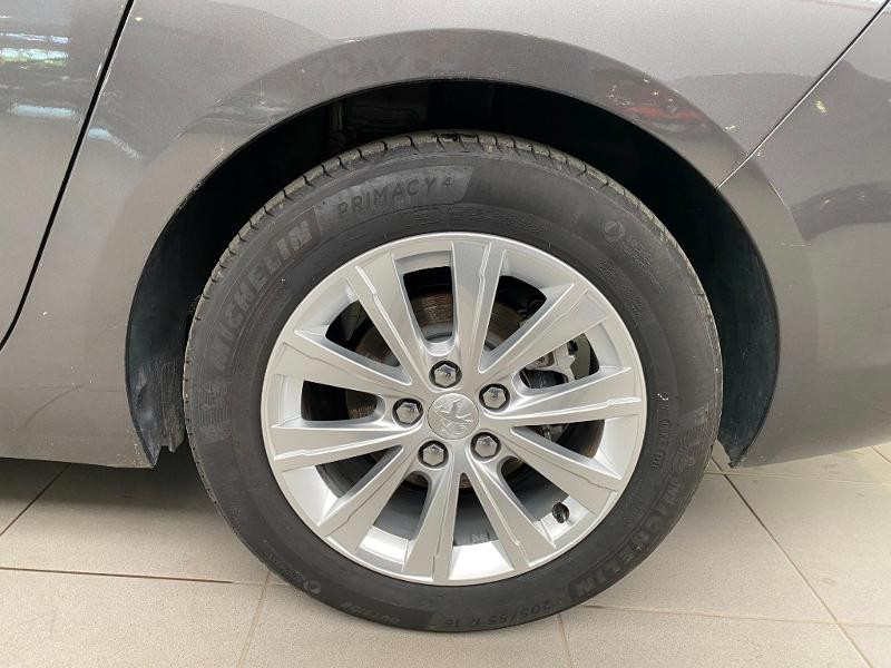 Photo 19 de l'offre de PEUGEOT 308 SW 1.5 BlueHDi 130ch S&S Style 7cv à 20890€ chez Duval Automobiles
