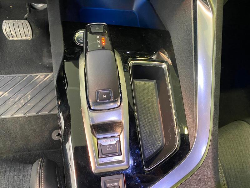 Photo 18 de l'offre de PEUGEOT 3008 1.5 BlueHDi 130ch S&S GT Line EAT8 + TOIT OUVRANT à 30990€ chez Duval Automobiles