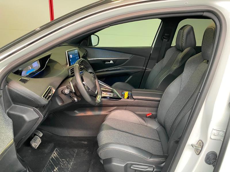 Photo 5 de l'offre de PEUGEOT 3008 1.5 BlueHDi 130ch S&S GT Line EAT8 + TOIT OUVRANT à 30990€ chez Duval Automobiles