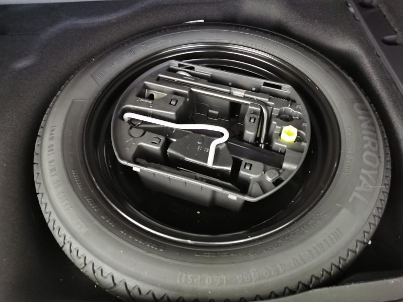 Photo 18 de l'offre de PEUGEOT 508 SW BlueHDi 130ch S&S Allure EAT8 7cv à 29990€ chez Duval Automobiles