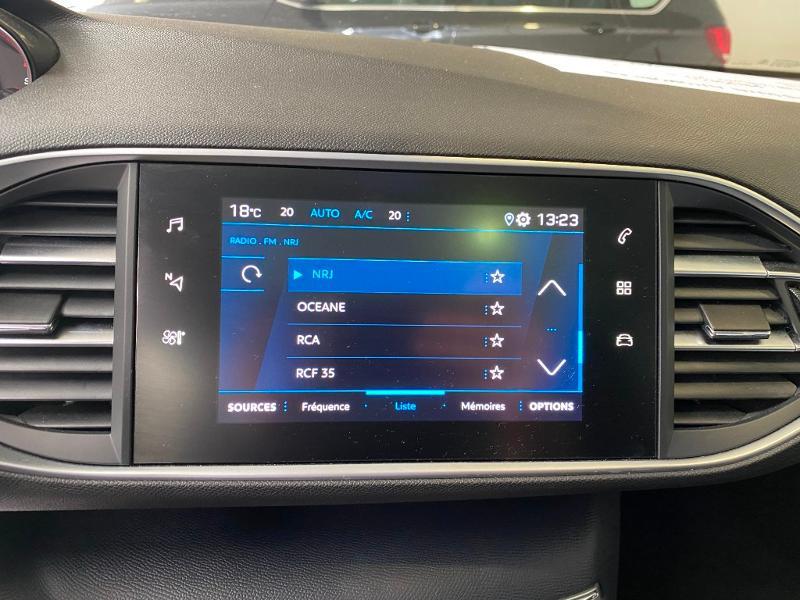 Photo 13 de l'offre de PEUGEOT 308 SW 1.5 BlueHDi 130ch S&S Style 7cv à 20990€ chez Duval Automobiles