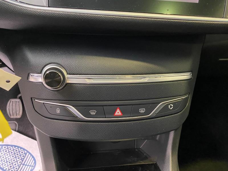 Photo 14 de l'offre de PEUGEOT 308 SW 1.5 BlueHDi 130ch S&S Style 7cv à 20890€ chez Duval Automobiles