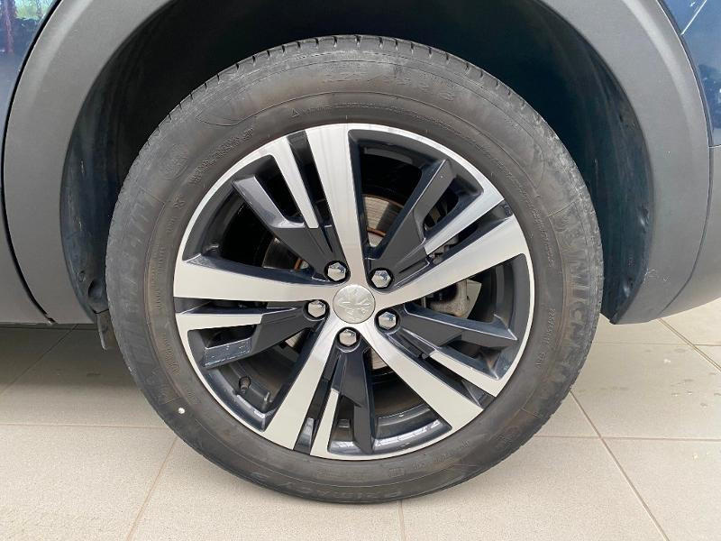 Photo 19 de l'offre de PEUGEOT 5008 1.5 BlueHDi 130ch E6.c Allure S&S EAT8 à 28490€ chez Duval Automobiles