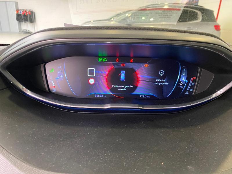 Photo 11 de l'offre de PEUGEOT 3008 1.2 PureTech 130ch Allure S&S à 17890€ chez Duval Automobiles