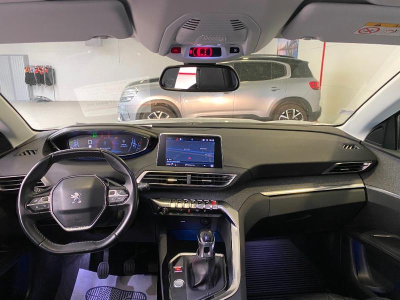 Photo 7 de l'offre de PEUGEOT 3008 1.2 PureTech 130ch Allure S&S à 17890€ chez Duval Automobiles