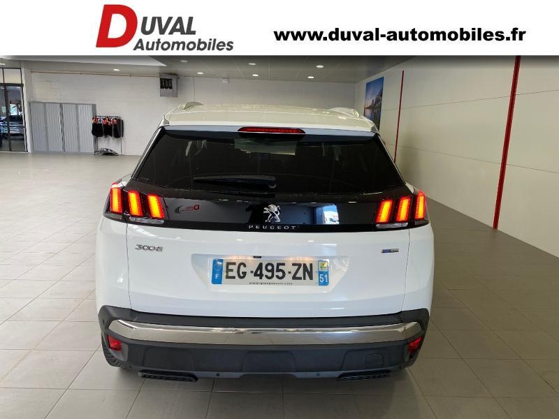 Photo 15 de l'offre de PEUGEOT 3008 1.2 PureTech 130ch Allure S&S à 17890€ chez Duval Automobiles