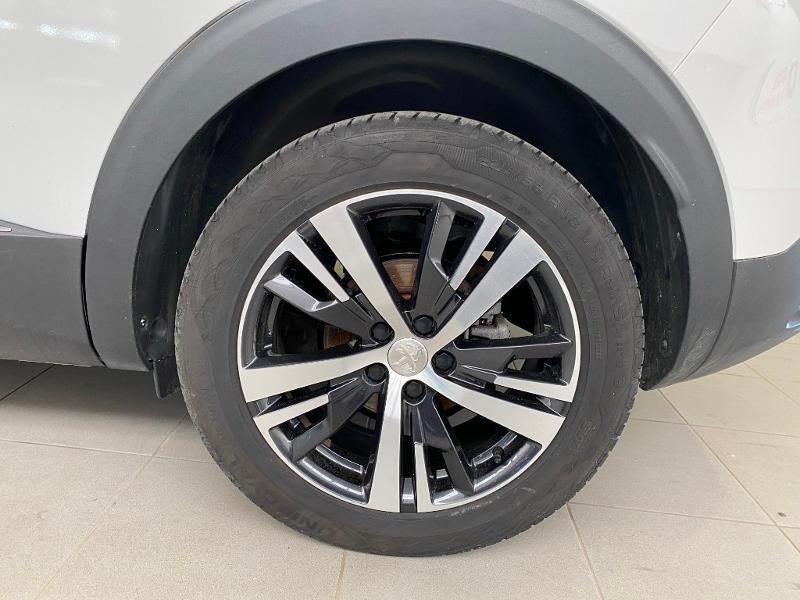 Photo 17 de l'offre de PEUGEOT 3008 1.2 PureTech 130ch Allure S&S à 17890€ chez Duval Automobiles
