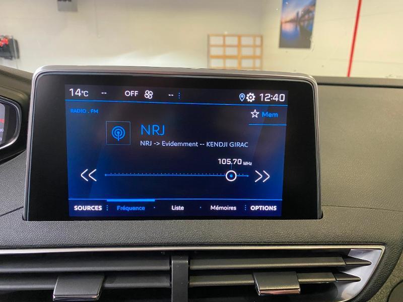 Photo 14 de l'offre de PEUGEOT 3008 1.5 BlueHDi 130ch S&S Allure EAT8 + toit ouvrant à 33490€ chez Duval Automobiles