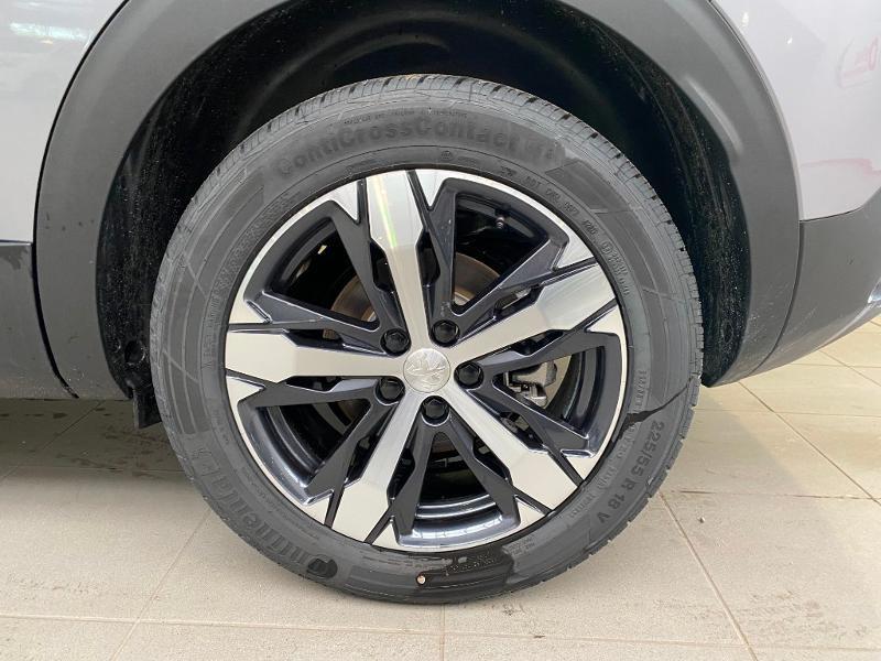Photo 23 de l'offre de PEUGEOT 3008 1.5 BlueHDi 130ch S&S Allure EAT8 + toit ouvrant à 33290€ chez Duval Automobiles