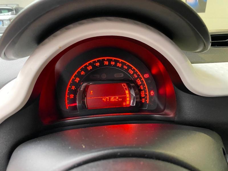 Photo 9 de l'offre de RENAULT Twingo 1.0 SCe 70ch Zen Euro6 à 7990€ chez Duval Automobiles
