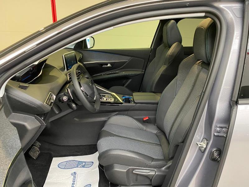 Photo 7 de l'offre de PEUGEOT 3008 1.5 BlueHDi 130ch S&S Allure EAT8 + toit ouvrant à 33290€ chez Duval Automobiles