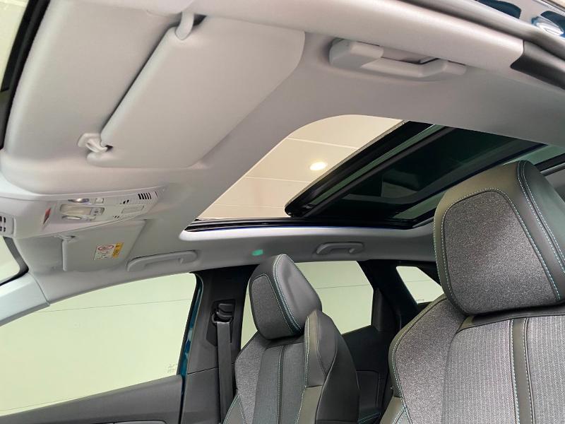 Photo 8 de l'offre de PEUGEOT 3008 1.5 BlueHDi 130ch S&S Allure EAT8 + toit ouvrant à 33290€ chez Duval Automobiles