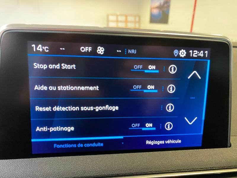 Photo 17 de l'offre de PEUGEOT 3008 1.5 BlueHDi 130ch S&S Allure EAT8 + toit ouvrant à 33490€ chez Duval Automobiles