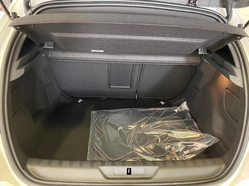 Photo 17 de l'offre de PEUGEOT 308 1.5 BLUEHDI 130 EAT 8 S&S GT PACK à 26890€ chez Duval Automobiles