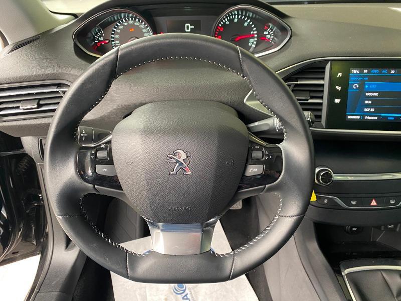 Photo 11 de l'offre de PEUGEOT 308 SW 1.5 BlueHDi 130ch S&S Style 7cv à 20990€ chez Duval Automobiles