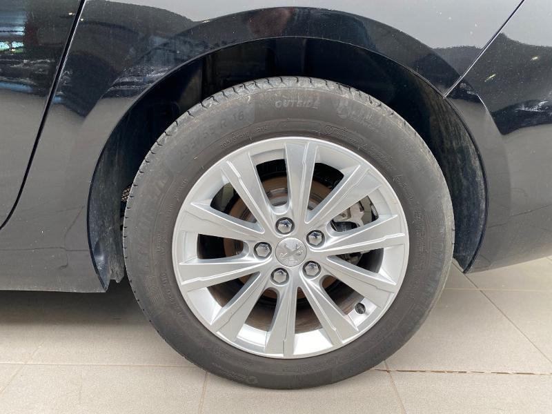 Photo 19 de l'offre de PEUGEOT 308 SW 1.5 BlueHDi 130ch S&S Style 7cv à 20990€ chez Duval Automobiles
