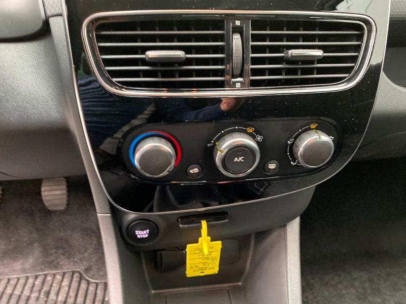 Photo 12 de l'offre de RENAULT Clio 0.9 TCe 90ch Génération - 19 5p 90 à 13490€ chez Duval Automobiles