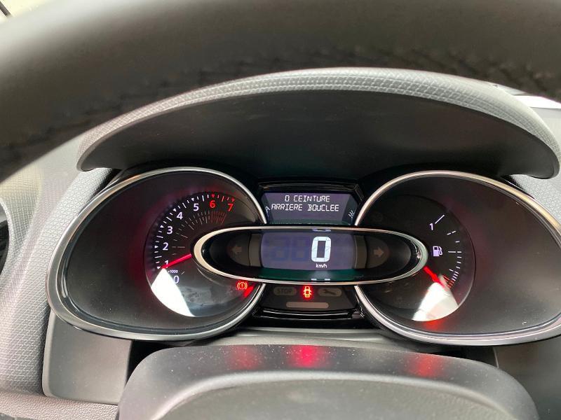 Photo 10 de l'offre de RENAULT Clio 0.9 TCe 90ch Génération - 19 5p 90 à 13490€ chez Duval Automobiles