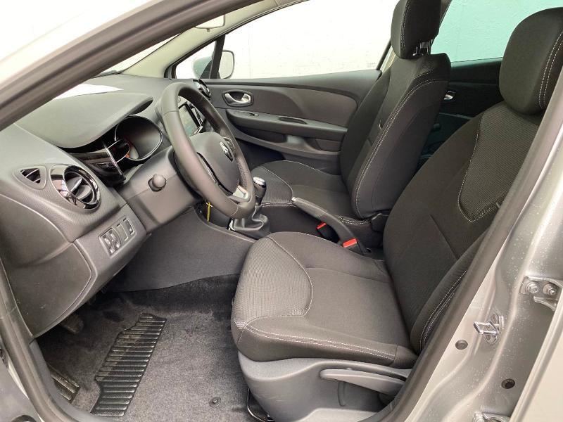 Photo 5 de l'offre de RENAULT Clio 0.9 TCe 90ch Génération - 19 5p 90 à 13490€ chez Duval Automobiles