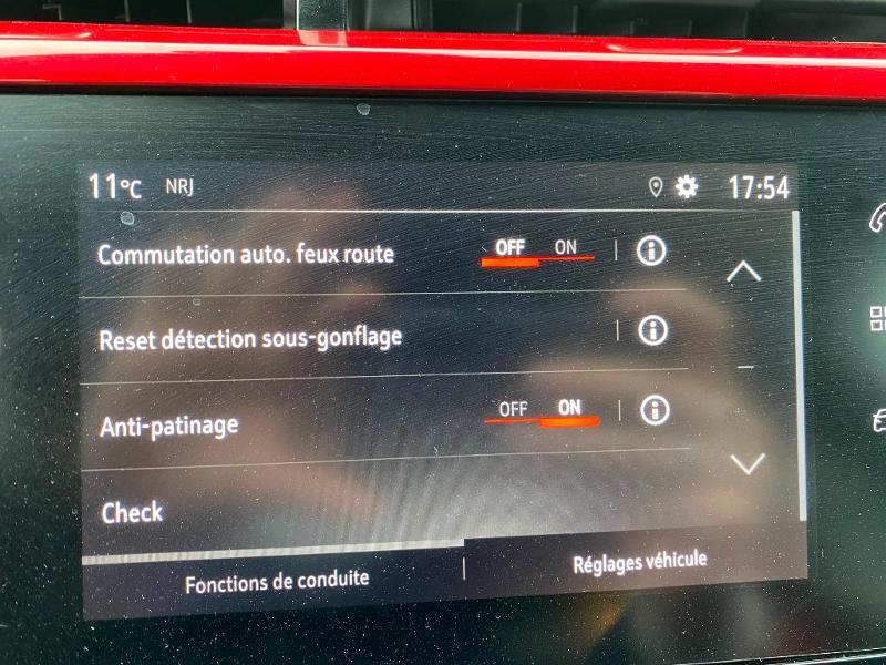Photo 10 de l'offre de OPEL Corsa 1.2 Turbo 100ch GS Line à 16990€ chez Duval Automobiles