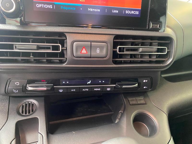 Photo 16 de l'offre de CITROEN Berlingo M BlueHDi 130ch S&S Shine à 25490€ chez Duval Automobiles