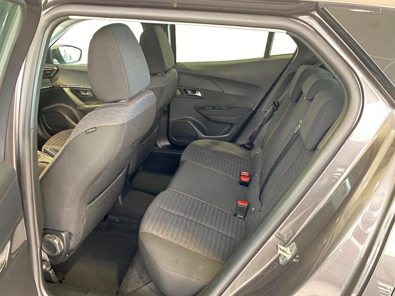 Photo 6 de l'offre de PEUGEOT 2008 1.2 PureTech 100ch S&S Active 5cv à 19990€ chez Duval Automobiles