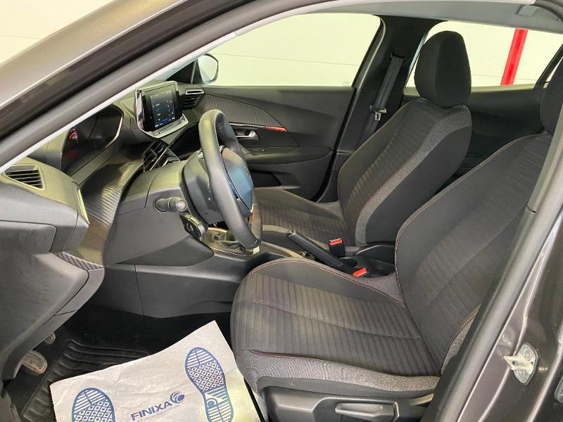 Photo 5 de l'offre de PEUGEOT 2008 1.2 PureTech 100ch S&S Active 5cv à 19990€ chez Duval Automobiles