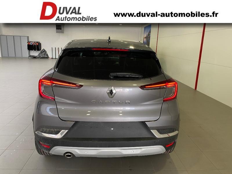Photo 19 de l'offre de RENAULT Captur 1.3 TCe 140ch FAP Intens EDC - 21 à 23990€ chez Duval Automobiles