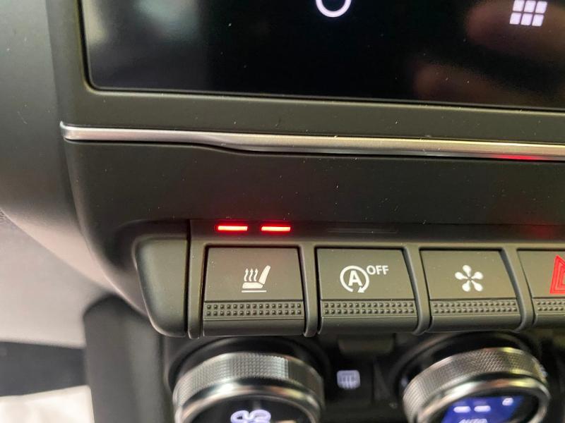 Photo 16 de l'offre de RENAULT Captur 1.3 TCe 140ch FAP Intens EDC - 21 à 23990€ chez Duval Automobiles