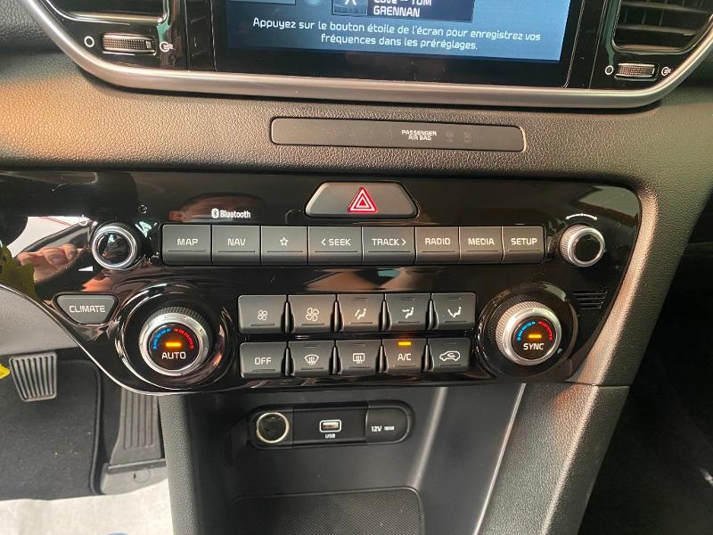 Photo 12 de l'offre de KIA Sportage 1.6 CRDi 136ch MHEV Black Edition 4x2 à 27490€ chez Duval Automobiles