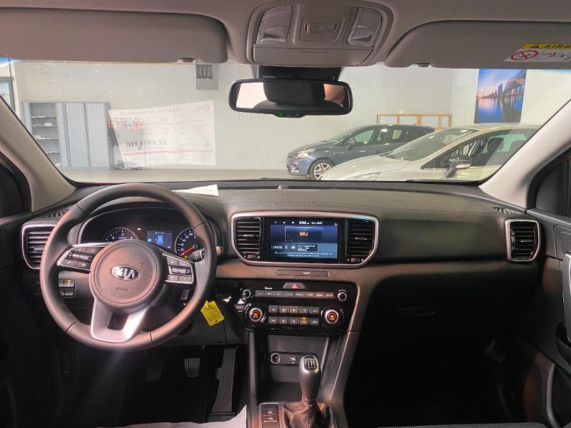 Photo 7 de l'offre de KIA Sportage 1.6 CRDi 136ch MHEV Black Edition 4x2 à 27490€ chez Duval Automobiles