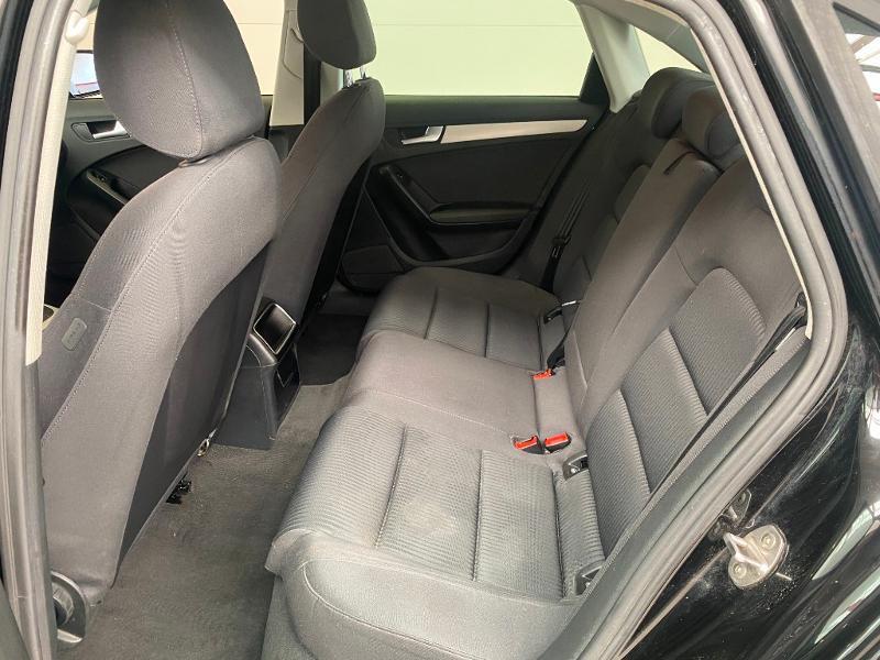 Photo 6 de l'offre de AUDI A4 2.0 TDI 120ch DPF Ambiente 6cv à 11990€ chez Duval Automobiles