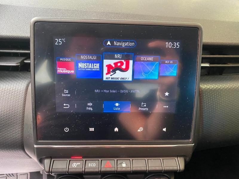 Photo 12 de l'offre de RENAULT Clio 1.5 Blue dCi 85ch Business à 14990€ chez Duval Automobiles