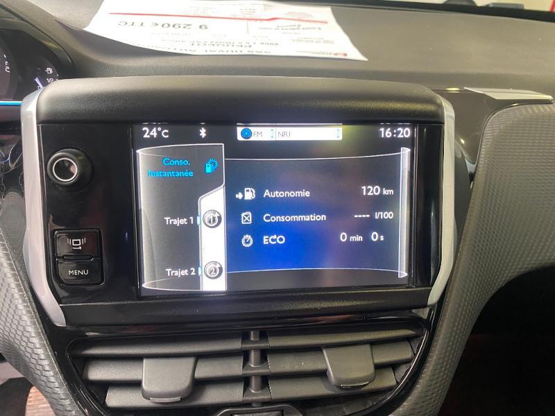 Photo 12 de l'offre de PEUGEOT 2008 1.6 e-HDi92 FAP Allure à 9290€ chez Duval Automobiles