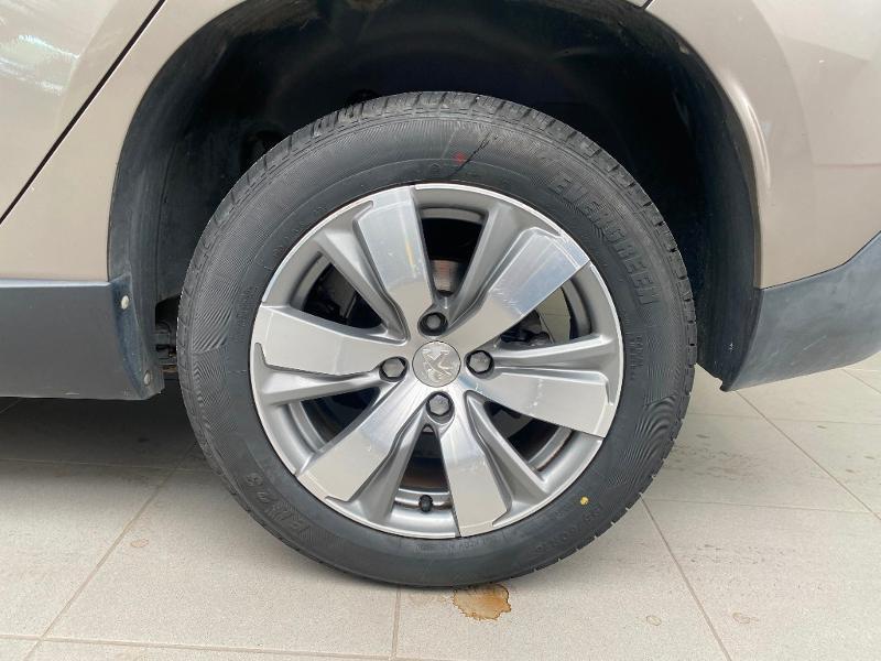 Photo 19 de l'offre de PEUGEOT 2008 1.6 e-HDi92 FAP Allure à 9290€ chez Duval Automobiles