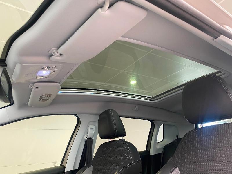 Photo 14 de l'offre de PEUGEOT 2008 1.6 e-HDi92 FAP Allure à 9290€ chez Duval Automobiles