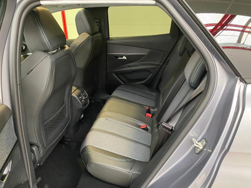 Photo 8 de l'offre de PEUGEOT 3008 1.5 BlueHDi 130ch S&S Allure EAT8 à 32990€ chez Duval Automobiles