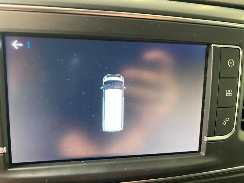 Photo 9 de l'offre de PEUGEOT Expert Fg Long 2.0 BlueHDi 120ch Premium Pack S&S à 22490€ chez Duval Automobiles