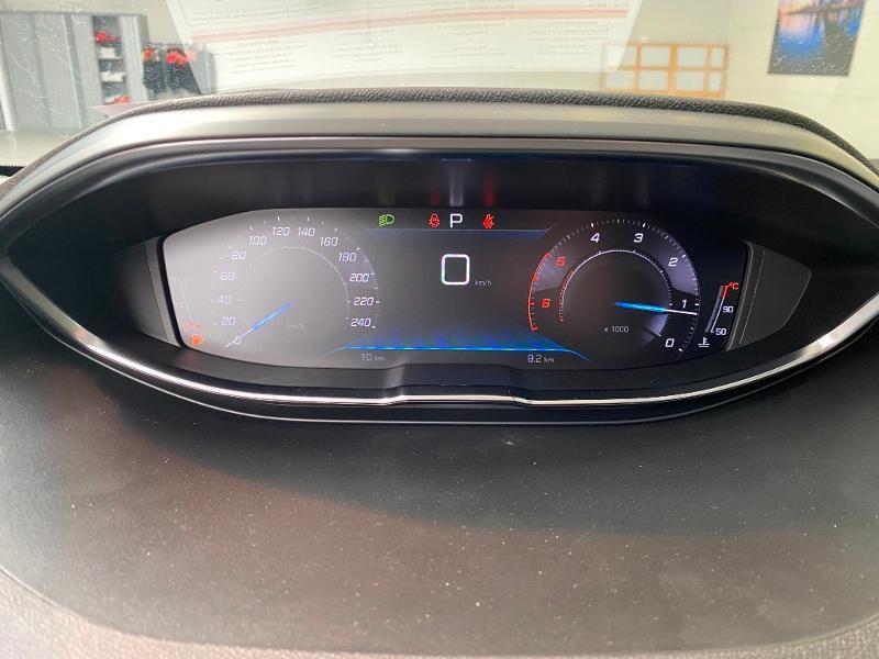 Photo 17 de l'offre de PEUGEOT 3008 1.5 BlueHDi 130ch S&S Allure EAT8 + toit ouvrant à 32990€ chez Duval Automobiles