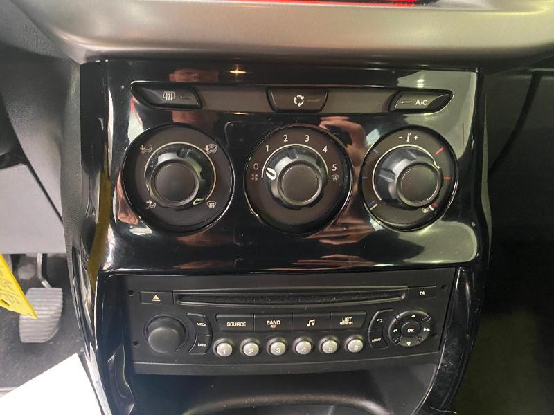 Photo 10 de l'offre de DS DS 3 BlueHDi 100ch So Chic S&S 2 PLACES à 9490€ chez Duval Automobiles