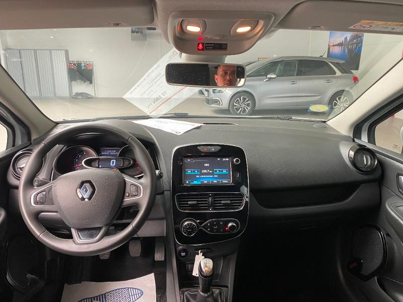 Photo 8 de l'offre de RENAULT Clio 1.5 dCi 90ch energy Business 82g 5p à 10990€ chez Duval Automobiles