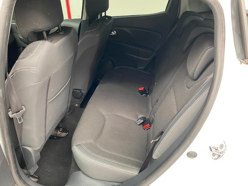 Photo 7 de l'offre de RENAULT Clio 1.5 dCi 90ch energy Business 82g 5p à 10990€ chez Duval Automobiles