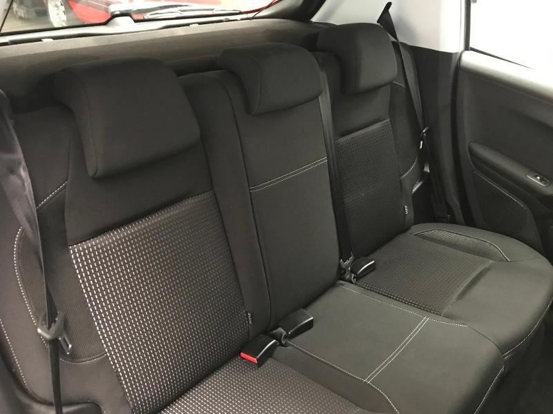 Photo 6 de l'offre de PEUGEOT 208 1.6 BlueHDi 100ch Allure Business S&S 5p à 11590€ chez Duval Automobiles