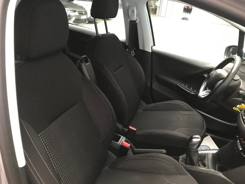 Photo 5 de l'offre de PEUGEOT 208 1.6 BlueHDi 100ch Allure Business S&S 5p à 11590€ chez Duval Automobiles