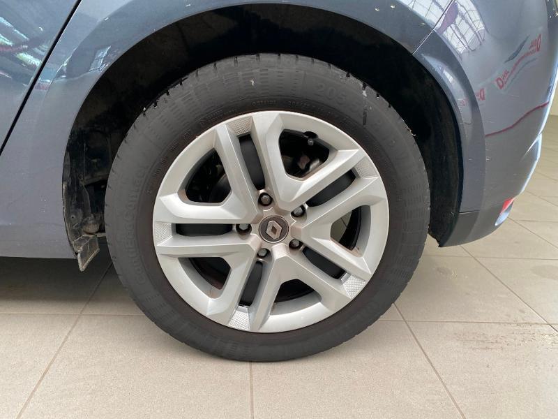 Photo 16 de l'offre de RENAULT Megane 1.5 dCi 110ch energy Business à 13490€ chez Duval Automobiles