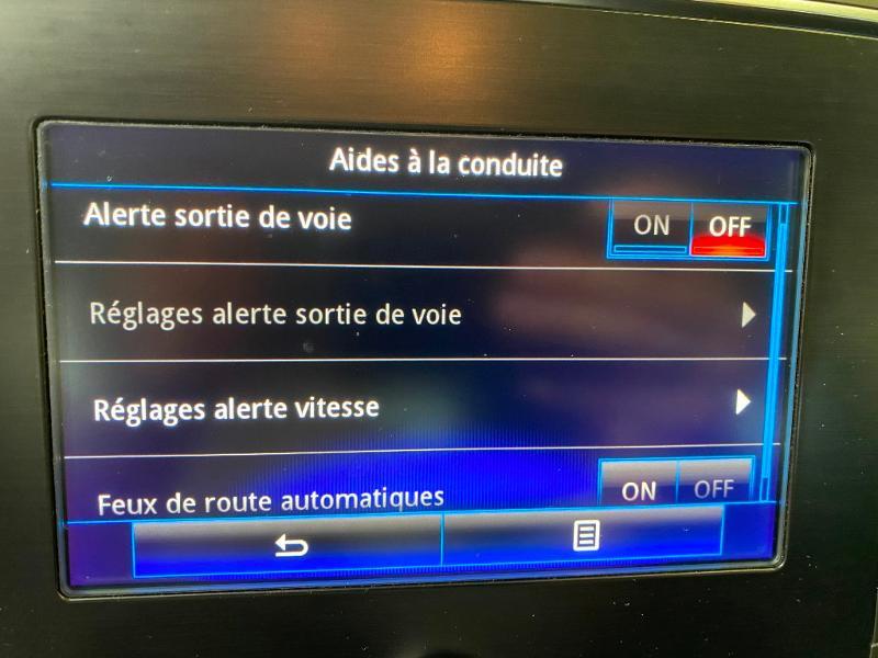 Photo 13 de l'offre de RENAULT Megane 1.5 dCi 110ch energy Business à 13490€ chez Duval Automobiles