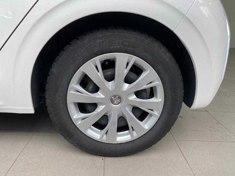 Photo 17 de l'offre de PEUGEOT 208 1.6 BlueHDi 75ch Active Business S&S 5p à 10990€ chez Duval Automobiles