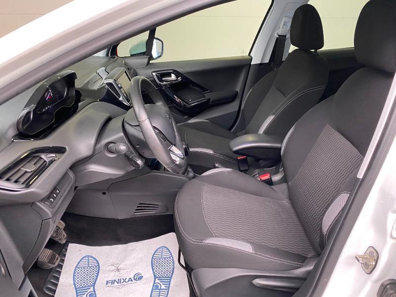 Photo 5 de l'offre de PEUGEOT 208 1.6 BlueHDi 75ch Active Business S&S 5p à 10990€ chez Duval Automobiles