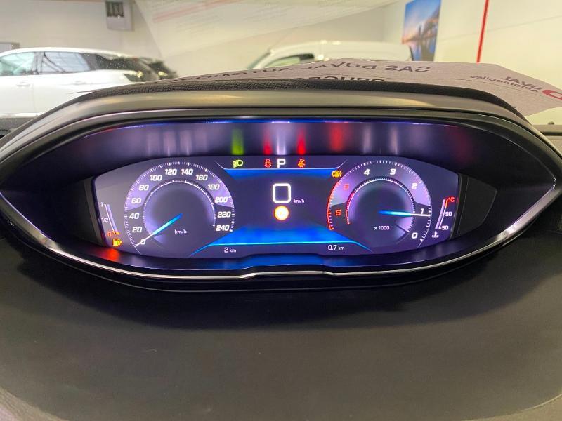 Photo 16 de l'offre de PEUGEOT 3008 1.5 BlueHDi 130ch S&S Allure EAT8 à 32990€ chez Duval Automobiles
