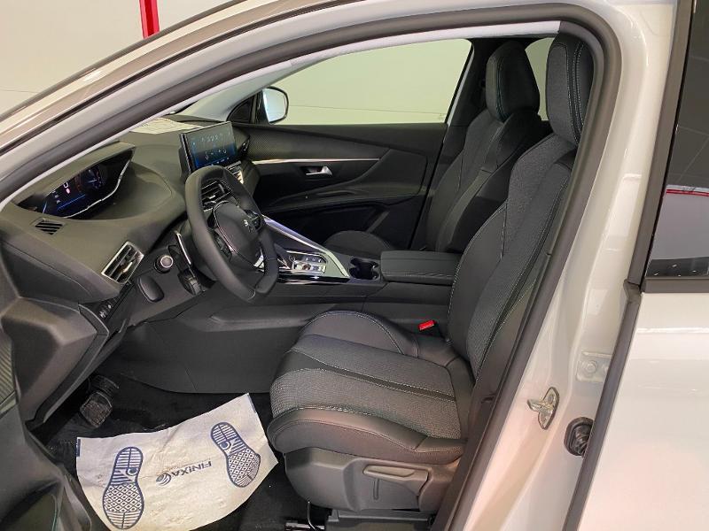 Photo 5 de l'offre de PEUGEOT 3008 1.5 BlueHDi 130ch S&S Allure EAT8 à 32990€ chez Duval Automobiles